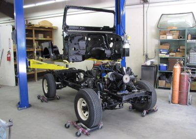 1987 CJ7 Jeep xMounting body to chassis